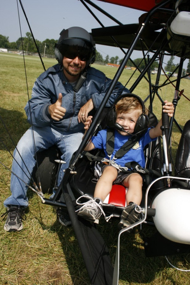 Make-A-Wish at AirVenture 2014-1