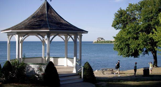 niagara-on-the-lake-gazebo-848x459